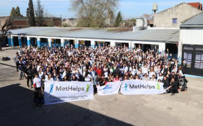 Voluntarios de MetLife se unieron a la Fundación Caminando Juntos para refaccionar tres centros educativos de La Matanza