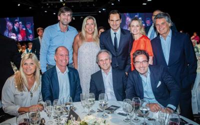 Clientes de Experta Seguros disfrutaron junto a Roger Federer