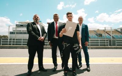 PROF Grupo Asegurador renueva su compromiso con el piloto de automovilismo Manuel Luque