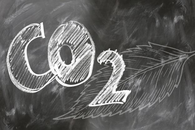 Swiss Re introduce un impuesto interno al carbono de tres dígitos para respaldar la transición a emisiones netas cero para 2030
