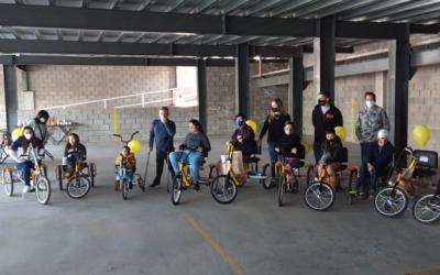 RUS y Marcos Ligato donaron bicicletas adaptadas a la Fundación Jean Maggi