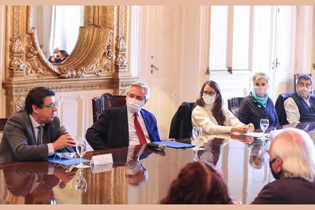 El Presidente presentó un proyecto de ley para consolidar ambientes laborales seguros y saludables